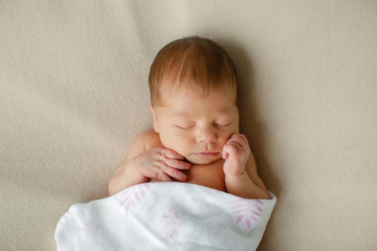 Neugeborenenbilder Zuhause